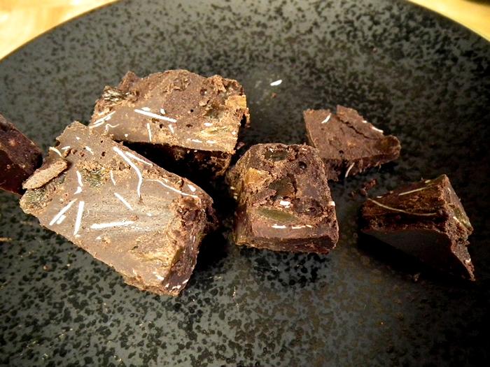 Sweet Spiced Raw Christmass Chocolate