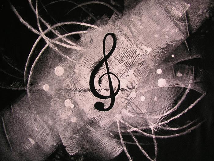 http://nathalielawhead.com/noodles/stencil1-close.jpg